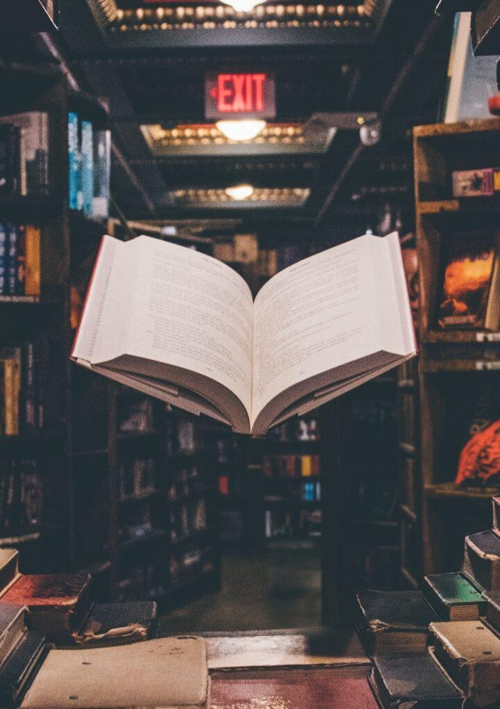 Ιστορίες με θέμα τη ζωή στα βιβλιοπωλεία