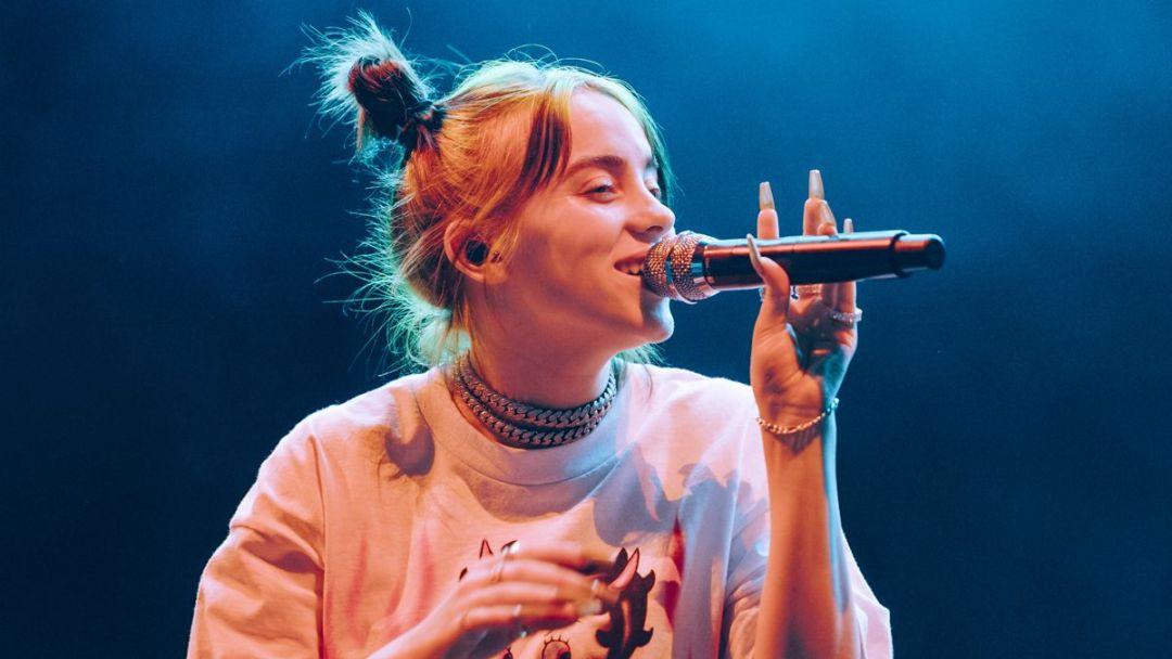 Billie Eilish: Το κορίτσι –φαινόμενο της pop μουσικής
