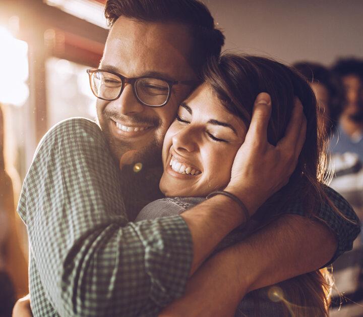 Παγκόσμια ημέρα αγκαλιάς: Έχετε μια αγκαλιά από εμάς!
