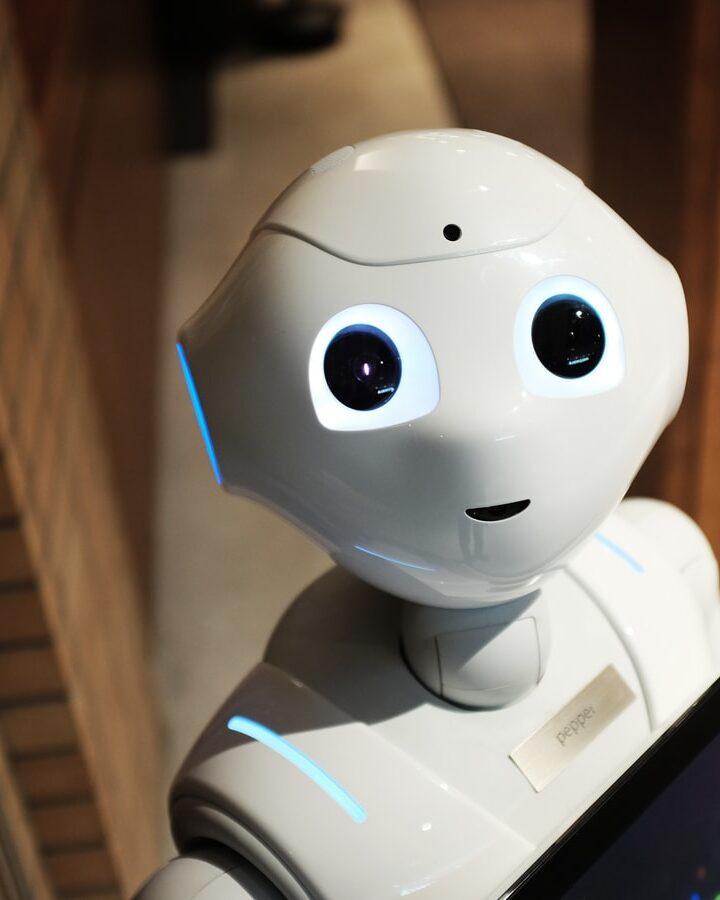 Ρομποτικά χέρια – Πώς η πανδημία μας ωθεί στην 4η βιομηχανική επανάσταση